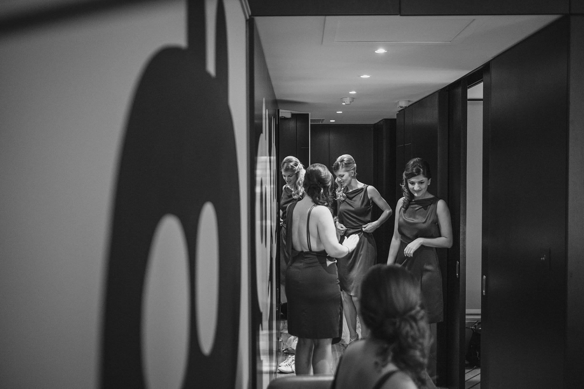 london andaz wedding photographer la 013 - Andaz Liverpool Street Wedding Photographer | Lauren & Alex