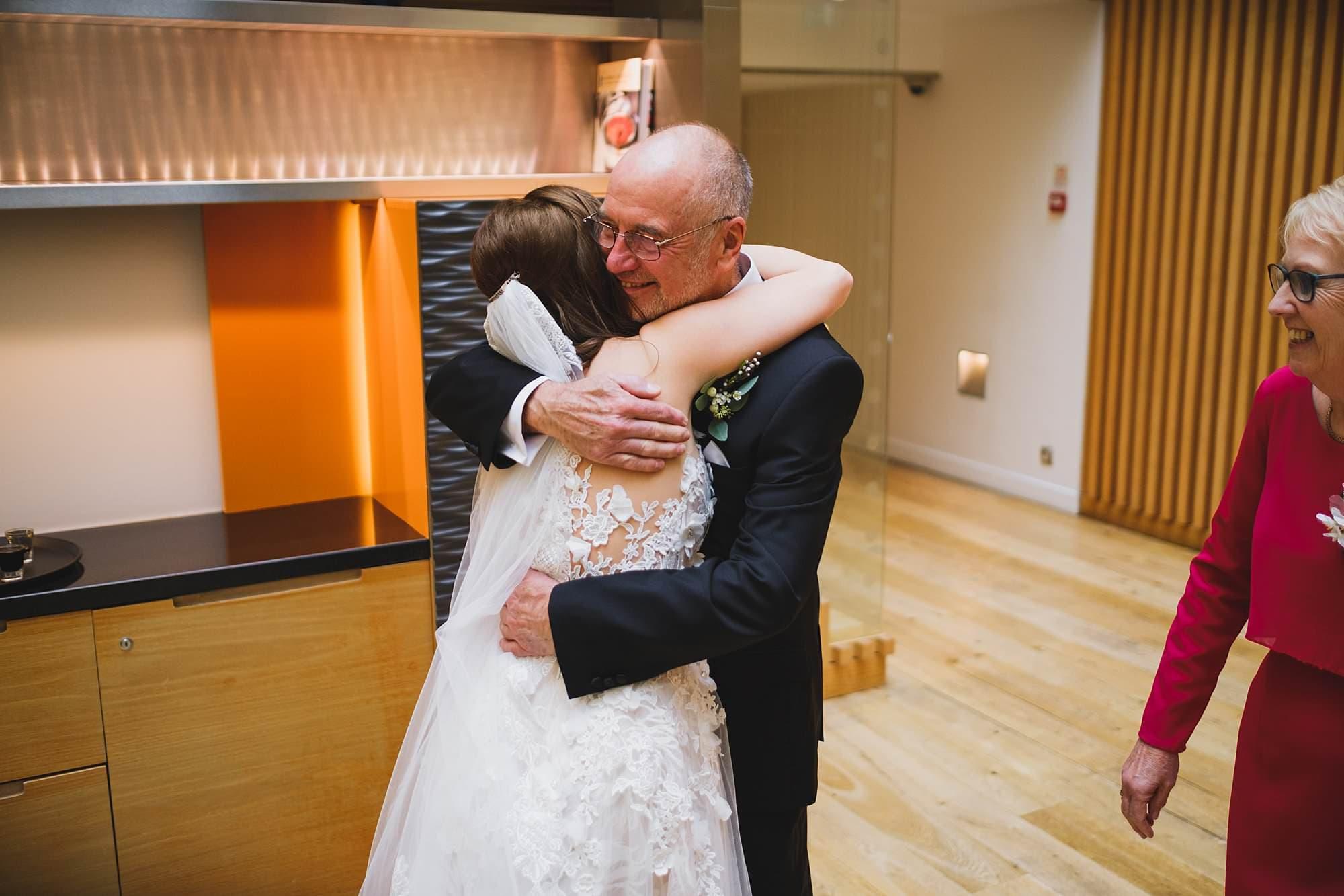 london andaz wedding photographer la 029 - Andaz Liverpool Street Wedding Photographer | Lauren & Alex