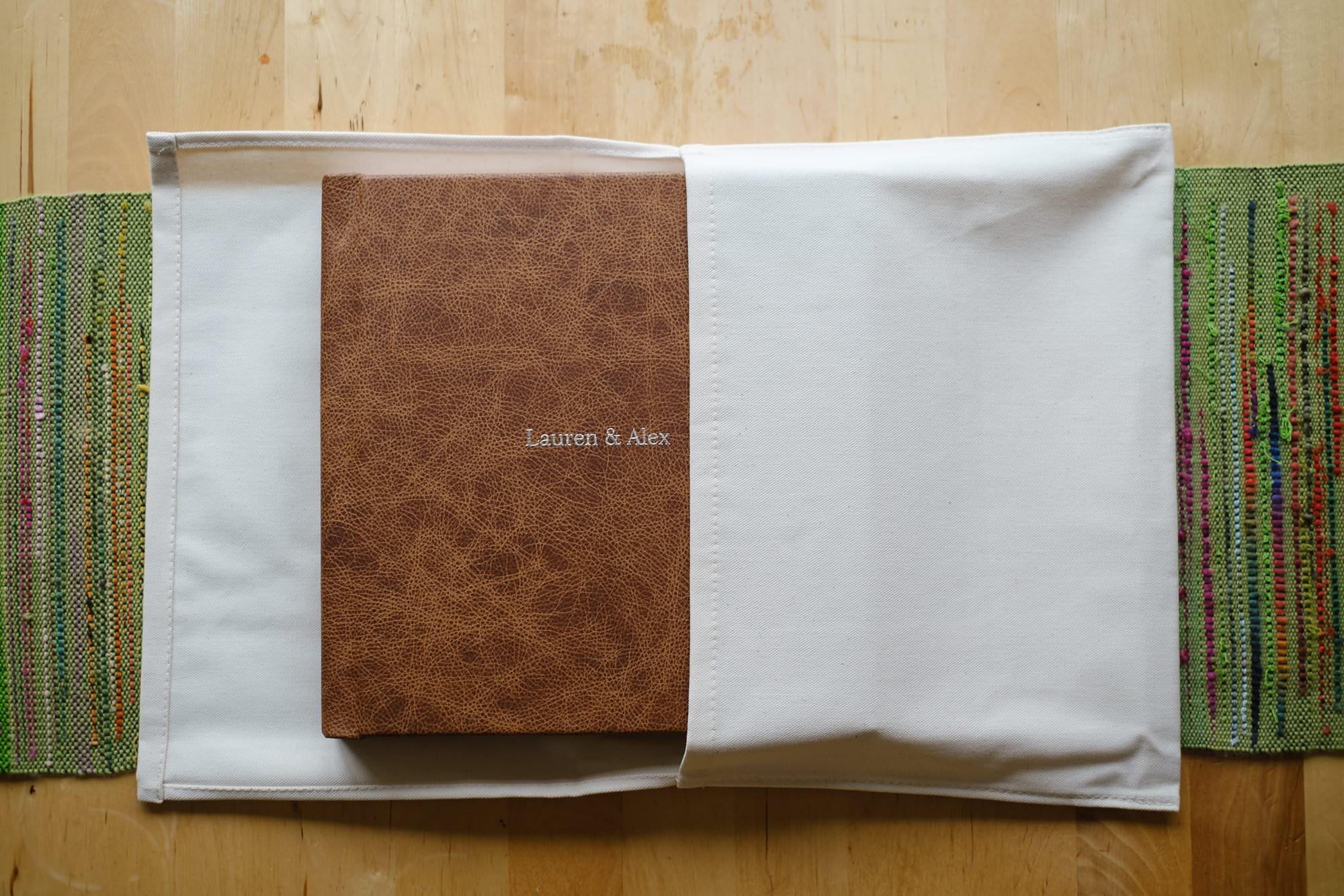 Folio Fine Art Wedding LandA 021 - For Couples | A beautiful wedding album from Folio Albums