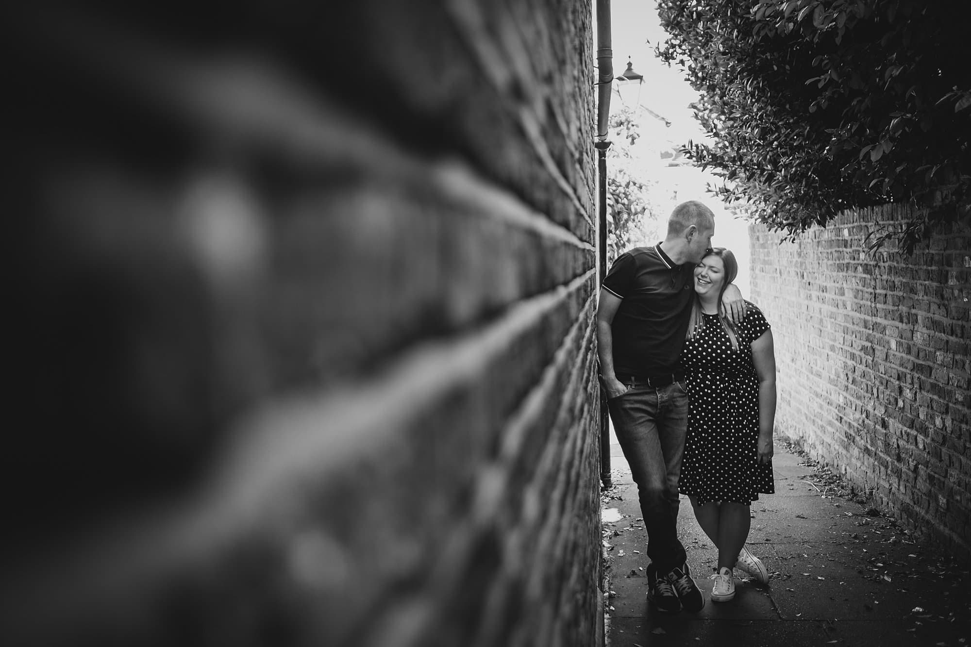 london engagement photographer strand on the green hj 002 - Hannah + Joe | Strand on the Green Engagement Photography