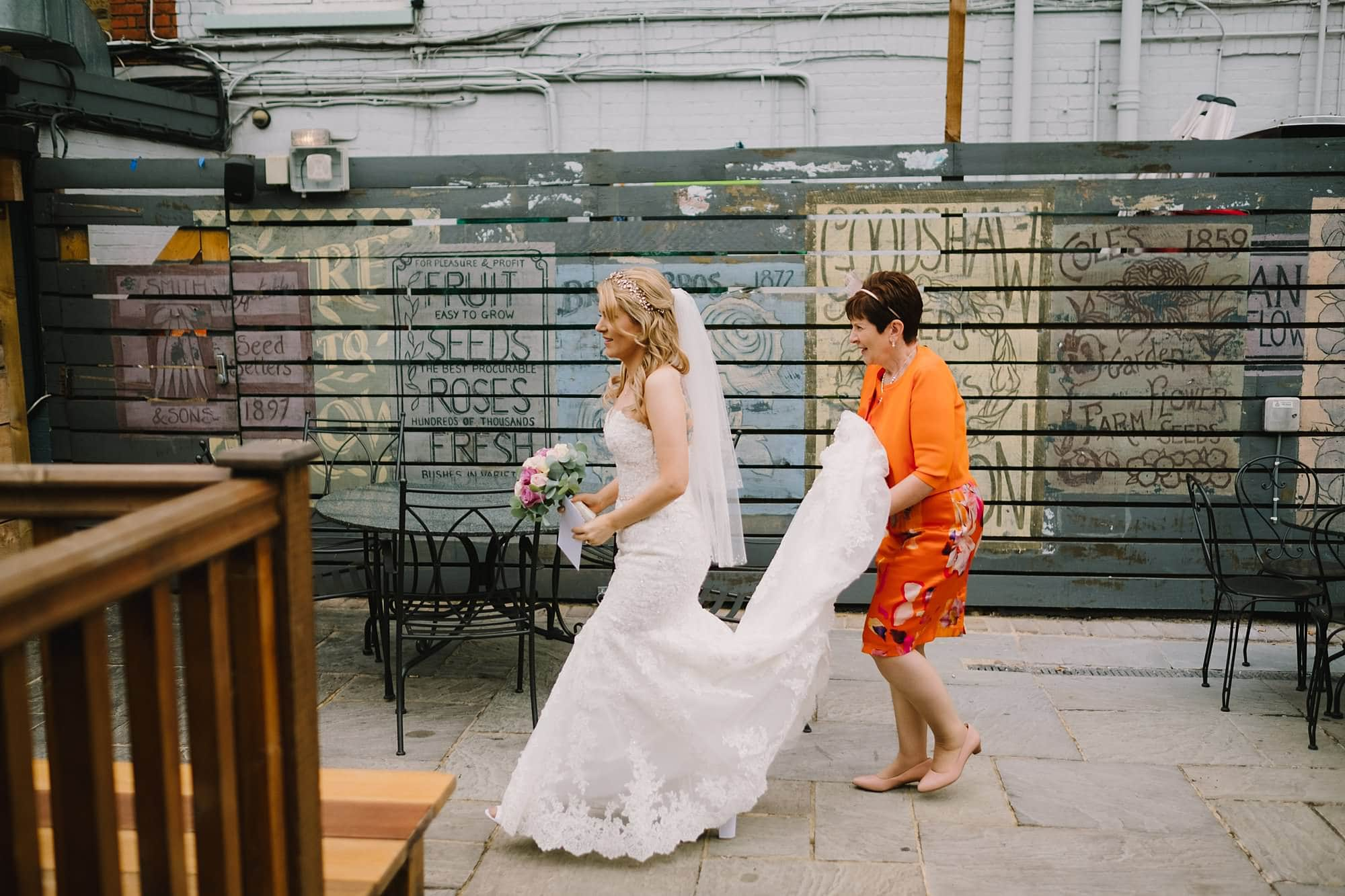 london pub wedding photographer jn 016 - The County Arms Wedding Photographer   Jen & Nick
