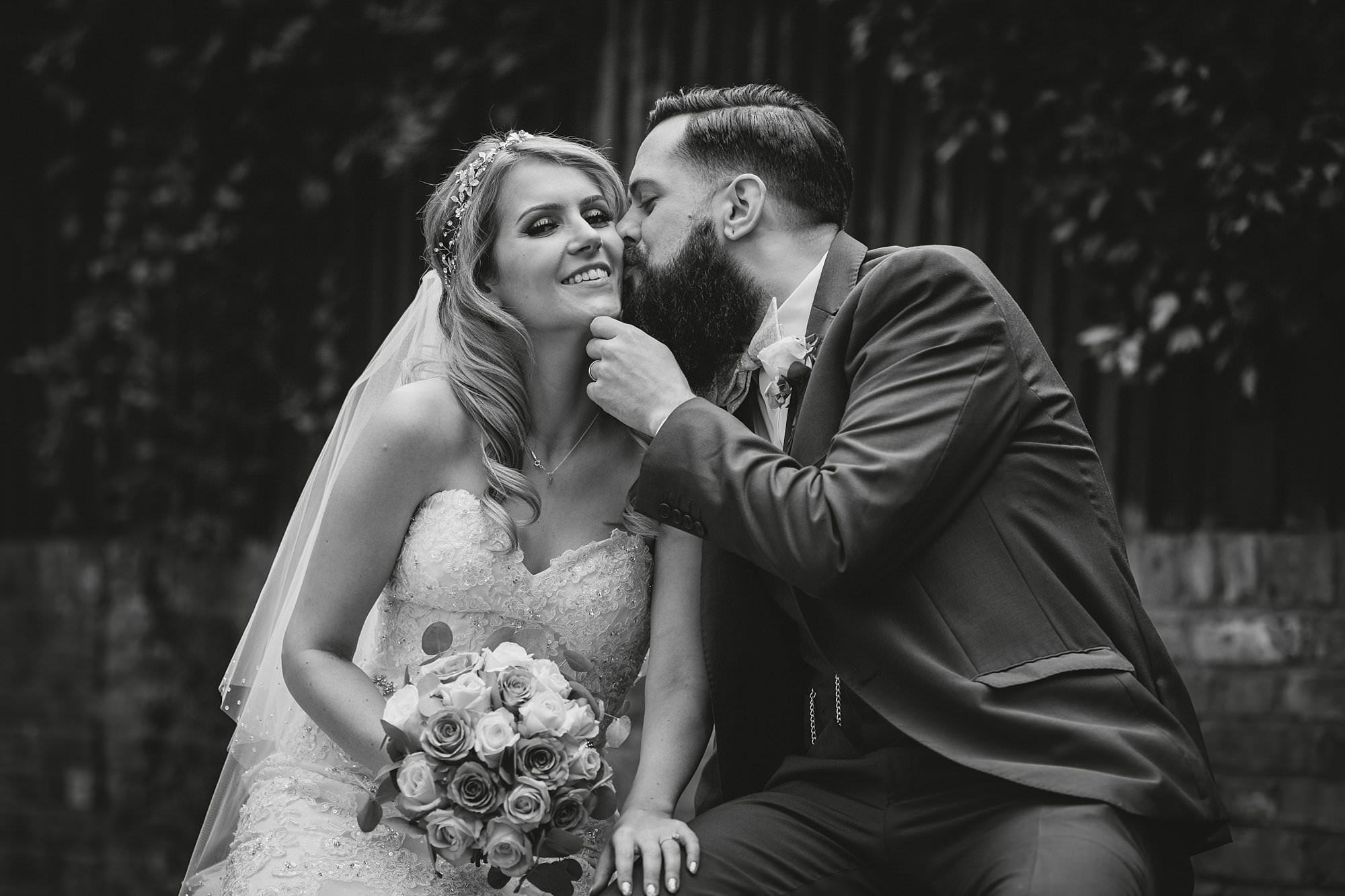 london pub wedding photographer jn 026 - The County Arms Wedding Photographer   Jen & Nick