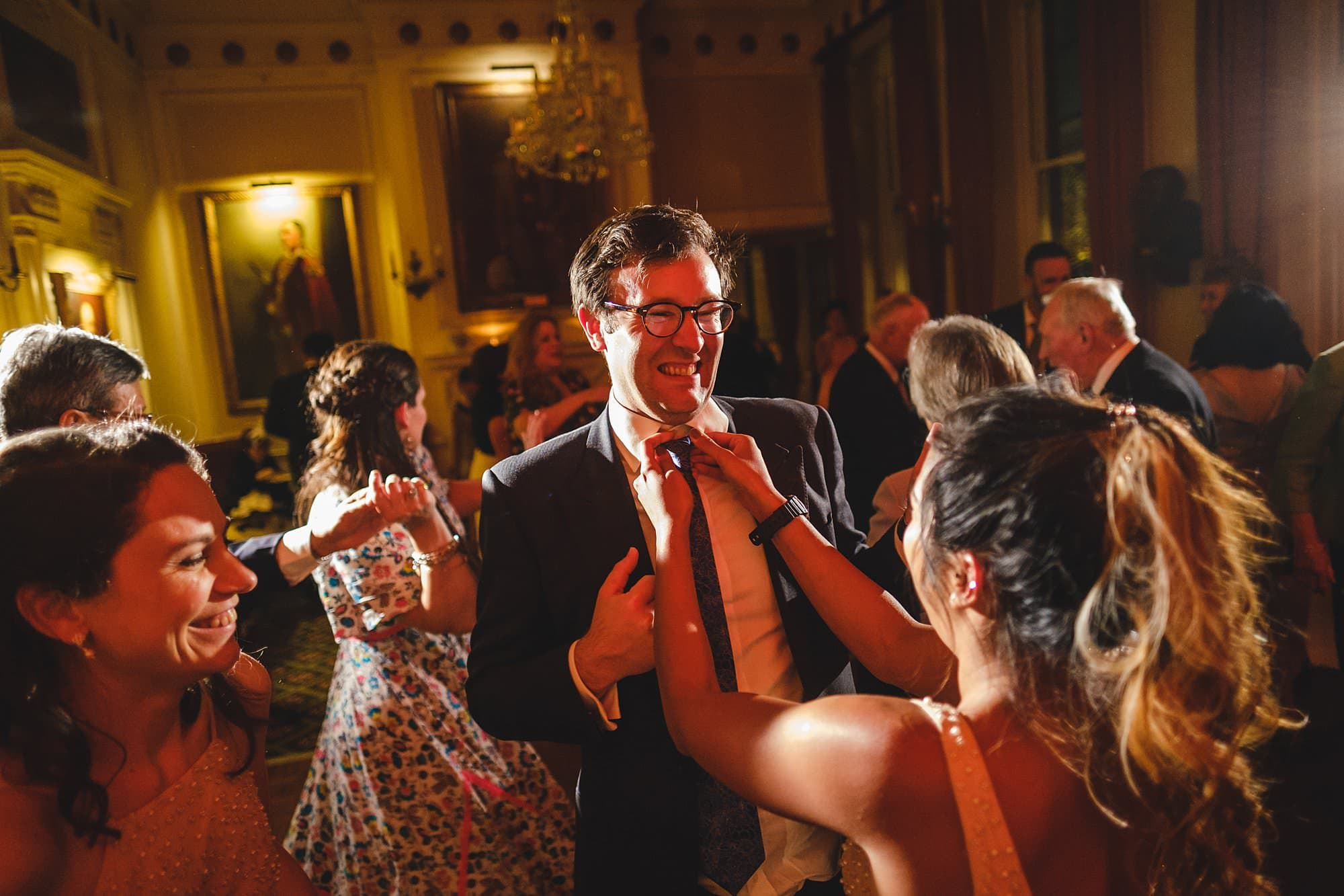 guests dancing at a cavalry and guards club wedding