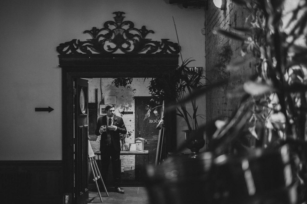 clapton country club wedding vj 047 1024x682 - Viv + Jamie   Clapton Country Club Wedding Photography
