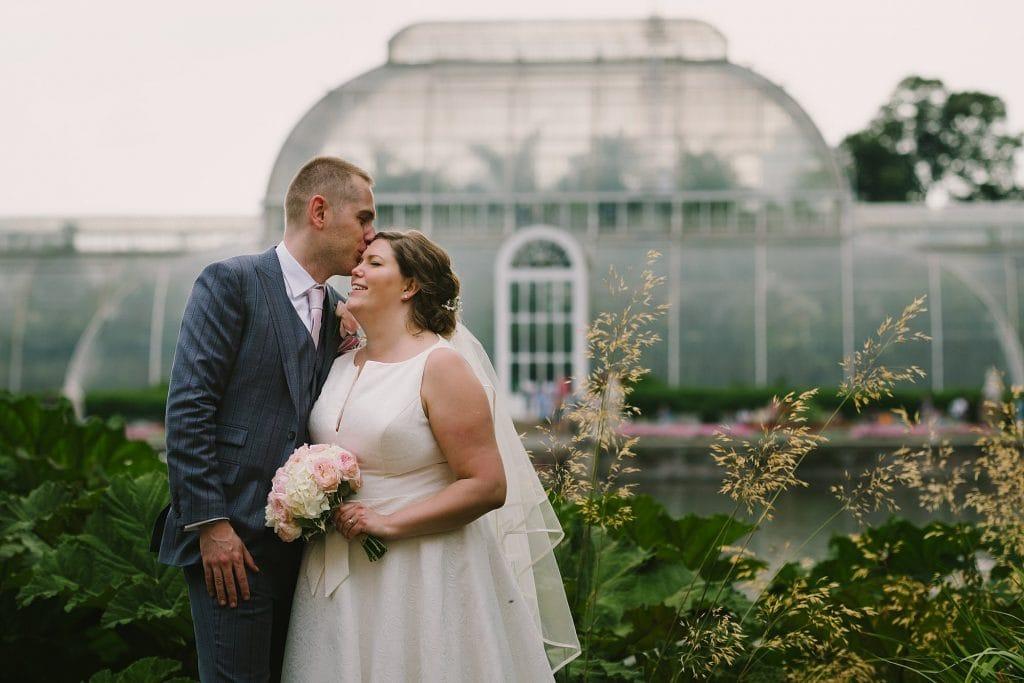 kew gardens wedding photographer hj 43 1024x683 - Hannah + Joe   Kew Gardens Wedding Photography