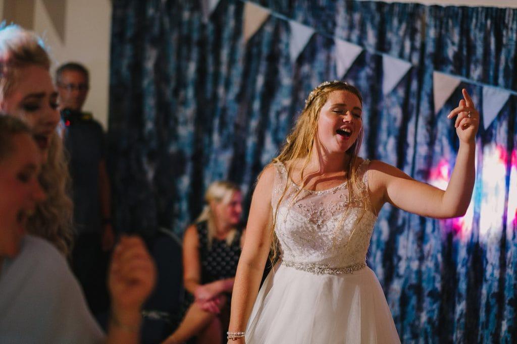 lechlade cotswalds wedding photographer fl 095 1024x682 - Faith + Leon   Cotswolds Wedding Photography