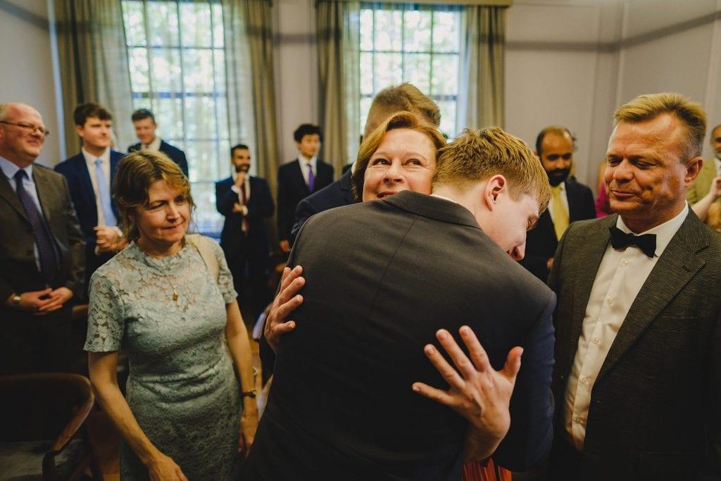 old marylebone town hall wedding photographer emma tom 022 spsav 1024x683 - Emma + Tom